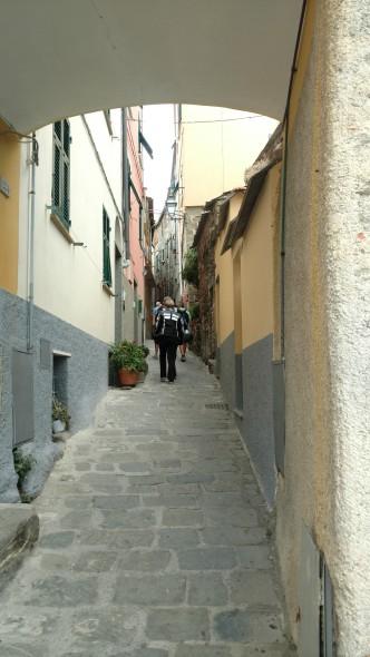 The narrow main street.
