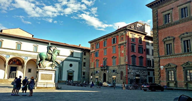 The first Renaissance style piazza.